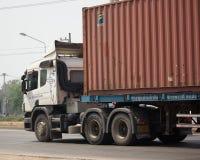 Тележка груза контейнера трейлера Jakkaphat Компании Стоковые Фото