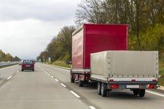Тележка на дороге скоростного шоссе, концепции транспорта груза Стоковые Изображения RF