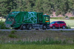 Тележка на сельском шоссе Стоковая Фотография