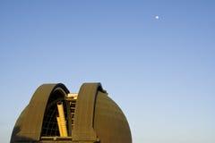 телескоп обсерватории griffith стоковые изображения