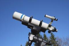 телескоп рефрактора Стоковое Фото