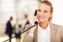 Телефон работника офиса Стоковая Фотография RF