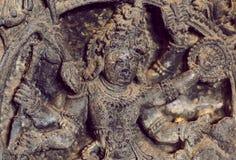 Тело лорда Shiva ратника, внутреннего виска Hoysaleswara с фантастическим резным изображением, Индии Стоковое Изображение RF