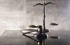 Тема закона и правосудия стоковое фото