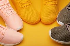 Тема идущих ботинок Стоковое фото RF