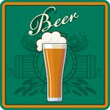 Тема пива в зеленом цвете Стоковые Фото