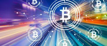 Тема Bitcoin с высокоскоростной нерезкостью движения стоковые изображения