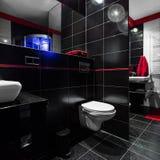 Темная и причудливая ванная комната Стоковое Изображение