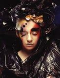 Темная красивая готическая принцесса r Концепция партии хеллоуина стоковые изображения rf