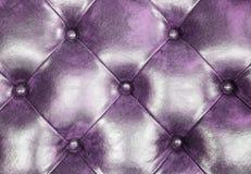 Темная фиолетовая кожаная предпосылка софы драпирования для украшения Стоковое Изображение RF