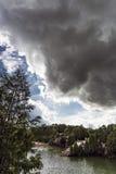 Темное облако над карьером Стоковая Фотография RF