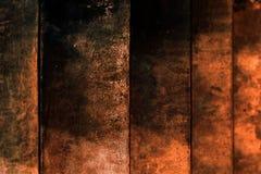 Темнота Grungy капания предпосылки текстуры лестницы конкретного старая - красная стена стоковая фотография