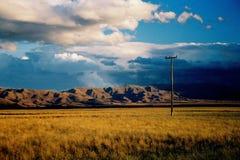 темный заход солнца ландшафта Стоковые Фото