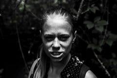 Темный портрет контраста маленькой девочки Стоковая Фотография