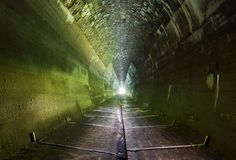 Темный тоннель - никто Стоковое Фото