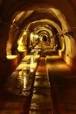 Темный тоннель с светом Стоковая Фотография RF