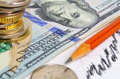 темпы роста девизов в долларах принципиальной схемы 3d понижаясь стоковые фото