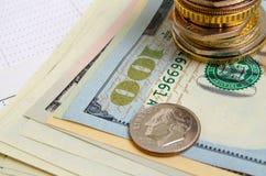 темпы роста девизов в долларах принципиальной схемы 3d понижаясь стоковые изображения rf