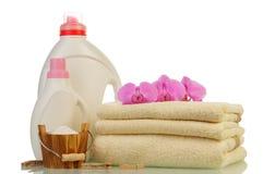 Тензид в бутылках и полотенцах Стоковая Фотография