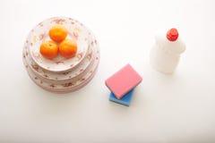 Тензид и tangerines на белой предпосылке Стоковое Изображение