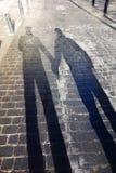 Тени пары гомосексуалиста в влюбленности Стоковое фото RF