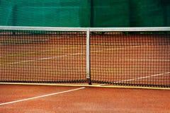 Теннисный корт гравия стоковое фото