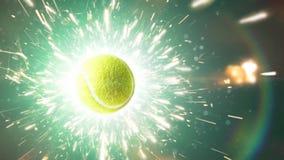 Теннисный мяч с огнем искрится в действии видеоматериал