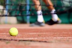 теннис суда шарика Стоковое Изображение RF