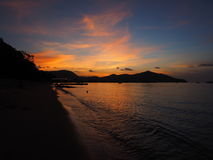 Тень захода солнца предпосылки на море и мягкий свет Стоковая Фотография RF
