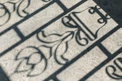 Тень на земле Конспект и нерезкость - винтажный ретро стиль влияния Стоковые Изображения RF