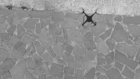 Тень трутня на том основании, ухудшающийся вид с воздуха Стоковая Фотография