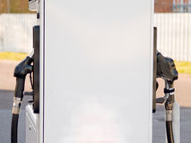 тепловозные форсунки горючего обслуживают станцию 2 Стоковое Изображение