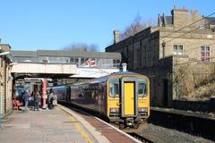 Тепловозный множественный поезд блока на платформе 5, Ланкастер Стоковые Изображения RF