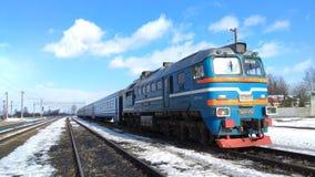 Тепловозный старый локомотив перед стартом Стоковая Фотография