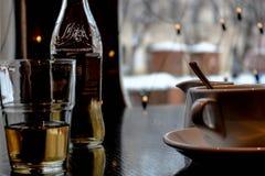 Тепло зимы в кофе стоковые фотографии rf