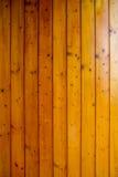 Теплая отполированная панель стены древесины сосны, Стоковые Изображения RF