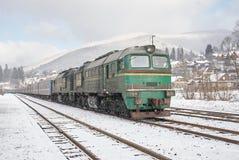 Тепловозный пассажирский поезд Стоковое фото RF