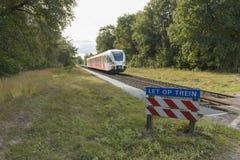 Тепловозный поезд в зоне Achterhoek между Aalten и зимами Стоковая Фотография RF