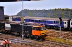 Тепловозный электрический модельный двигатель поезда стоковые фотографии rf