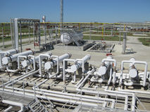 Теплообменные аппараты на нефтеперерабатывающем предприятии Стоковое Изображение