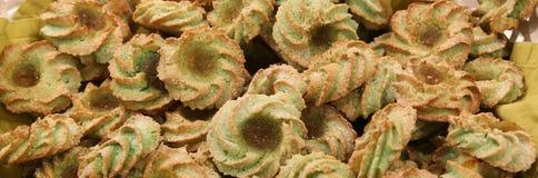 теплые печенья испеченные с сливк фисташки Стоковое фото RF