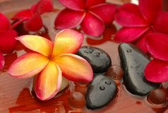 терапия камней frangipanis Стоковые Фотографии RF