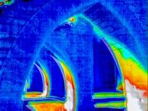 Термальное изображение руин бесплатная иллюстрация