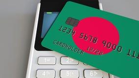 Терминал оплаты с кредитной карточкой отличая флагом Бангладеша Бангладешская национальная банковская система схематическое 3D видеоматериал