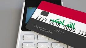 Терминал оплаты с кредитной карточкой отличая флагом Ирака 3D анимация иракской национальной банковской системы схематическая сток-видео