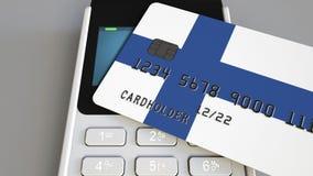 Терминал оплаты с кредитной карточкой отличая флагом Финляндии 3D анимация финской национальной банковской системы схематическая сток-видео