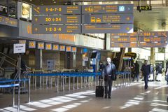 Терминальная зала международного аэропорта Кракова-Balice Иоанна Павел II John Paul II отпраздновала свою пятидесятую годовщину Стоковое фото RF