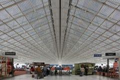 Терминальный авиапорт Парижа Шарль де Голль CDG Стоковая Фотография