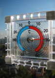 Термометр на окне Стоковая Фотография RF