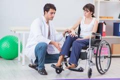 Терпеливый брать в больнице после травмы ушиба Стоковое Изображение RF